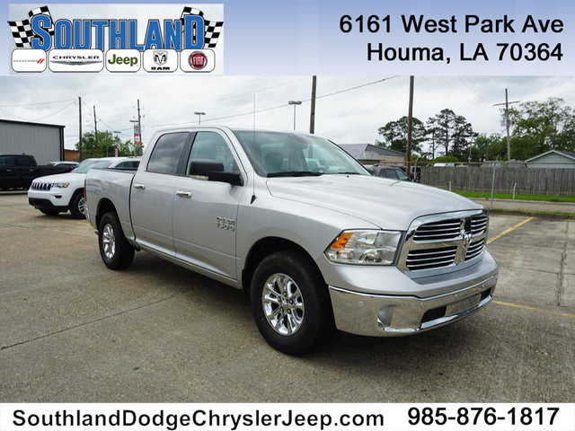 2017 Dodge Ram 1500 >> Pre Owned 2017 Ram 1500 Big Horn 2wd 5 7 Box Rear Wheel Drive Crew Cab