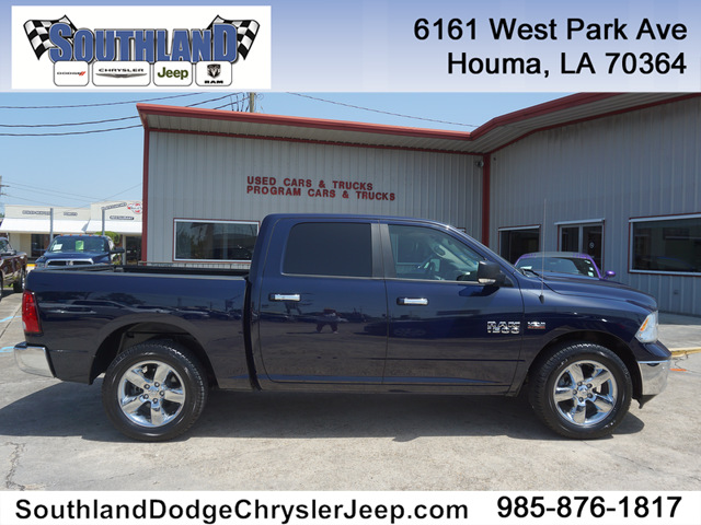 Dodge Trucks 2016 >> Pre Owned 2016 Ram 1500 Big Horn 2wd 140wb Rear Wheel Drive Crew Cab