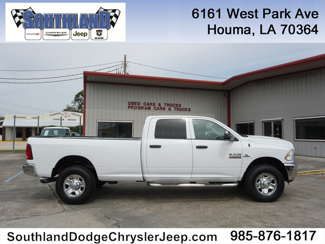 Dodge Trucks 2016 >> Pre Owned 2016 Ram 2500 Tradesman 4wd 169wb Four Wheel Drive Crew Cab